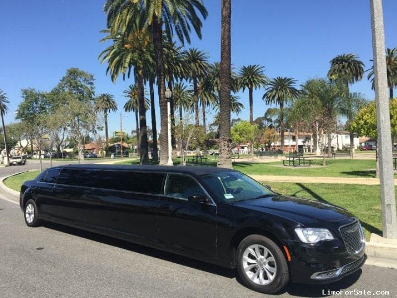 Used 2016 Chrysler 300 Sedan Stretch Limo American Limousine Sales ...