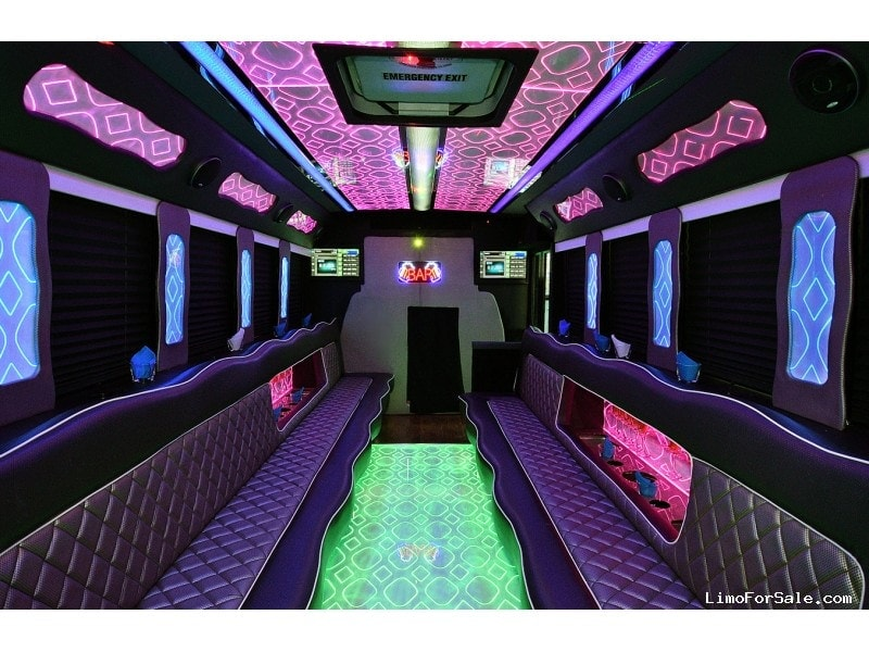 Used 2013 Ford E-450 Mini Bus Limo Tiffany Coachworks - Fontana, California - $67,990