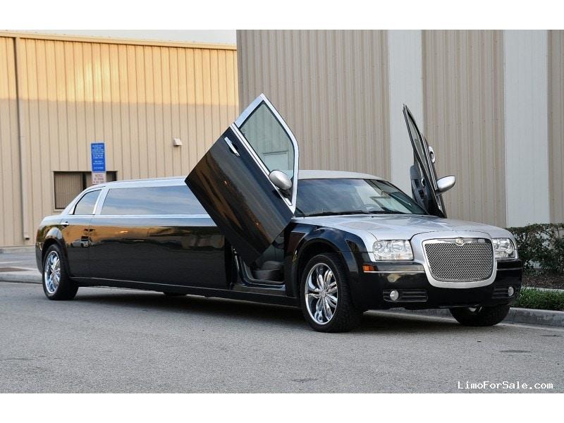 Used 2007 Chrysler 300 Sedan Stretch Limo Royal Coach Builders - Fontana, California - $21,900