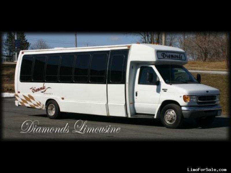 New 1998 Ford E-450 Mini Bus Limo  - r henrietta, New York    - $11,900