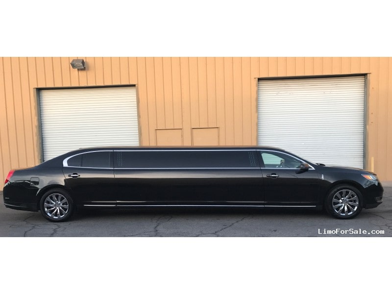 Used 2014 Lincoln MKS Sedan Stretch Limo Signature Limousine Manufacturing - Las Vegas, Nevada