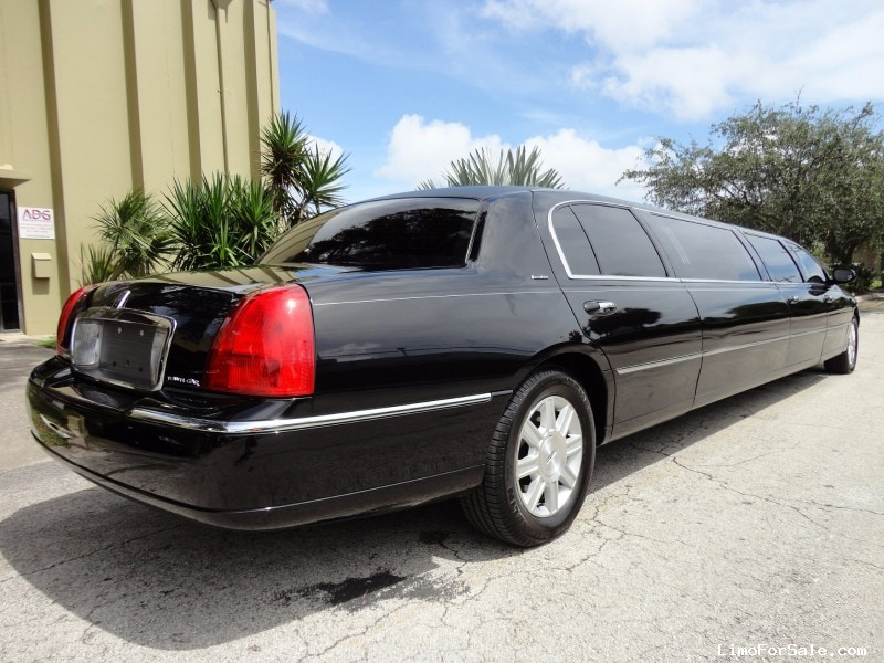 Used 2011 Lincoln Town Car L Sedan Stretch Limo Executive