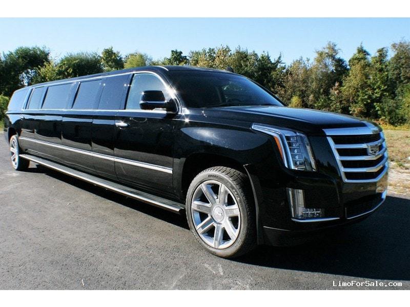 new 2018 cadillac escalade suv stretch limo missouri. Black Bedroom Furniture Sets. Home Design Ideas