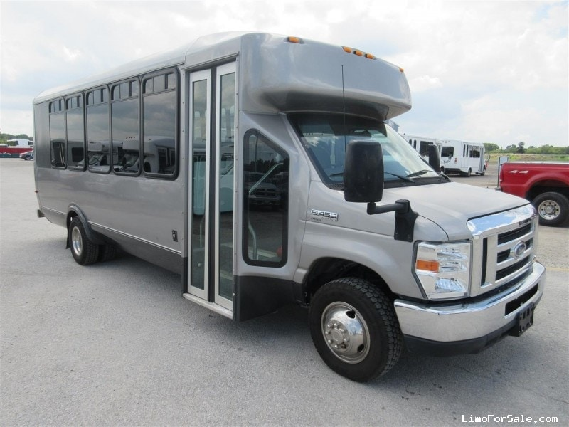 Used 2012 Ford E-450 Mini Bus Shuttle / Tour ElDorado - Oregon, Ohio - $24,900