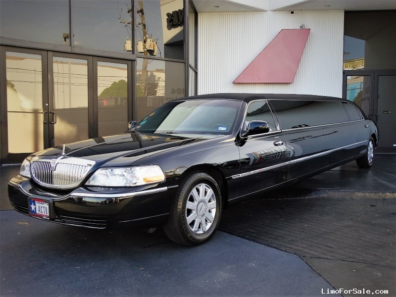 Used 2006 Lincoln Town Car Sedan Stretch Limo Tiffany Coachworks   Houston,  Texas   $14,900
