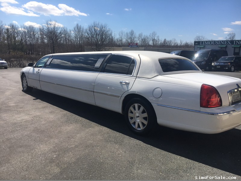 used 2004 lincoln town car sedan stretch limo krystal upper marlboro maryland 6. Black Bedroom Furniture Sets. Home Design Ideas