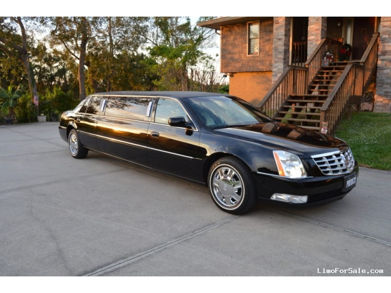 Used 2006 Cadillac DTS Sedan Stretch Limo  - Alva, Florida - $15,000