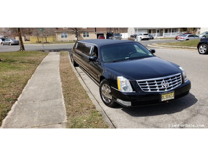 Used 2007 Cadillac DTS Sedan Stretch Limo Federal - East Orange, New Jersey    - $11,000