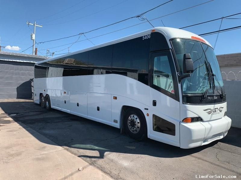 Used 2006 MCI Motorcoach Shuttle / Tour OEM - Phoenix, Arizona  - $55,000
