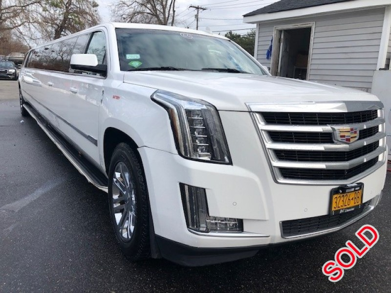 Used 2015 Cadillac SUV Stretch Limo Limos by Moonlight - Commack, New York    - $74,500