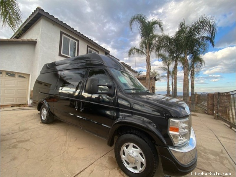 Used 2012 Ford E-250 Van Limo First Class Coachworks - Anaheim, California - $34,900