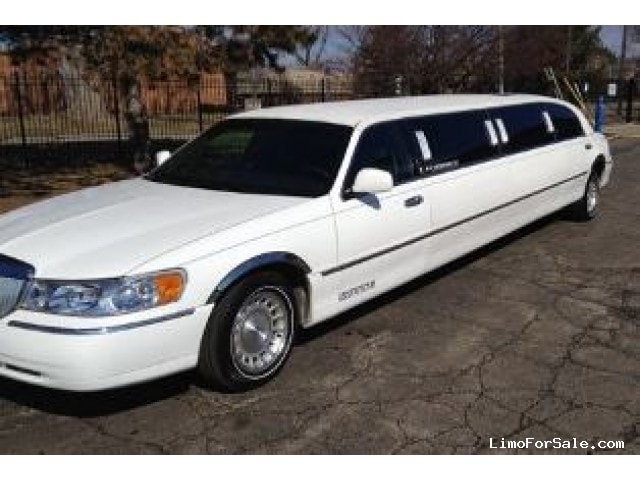 used 1998 lincoln town car sedan stretch limo krystal southfield michigan 5 599 limo for. Black Bedroom Furniture Sets. Home Design Ideas