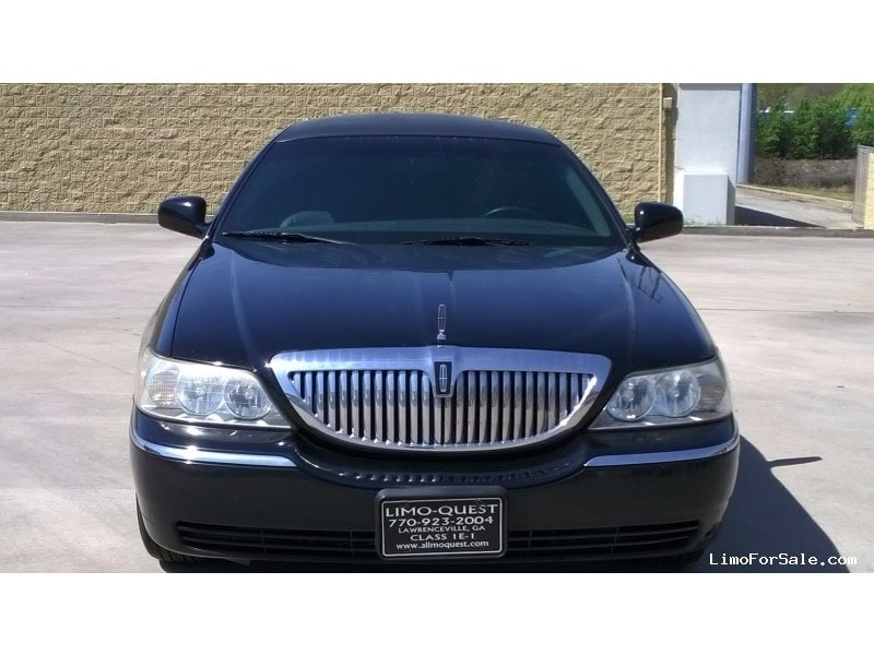 Large on Used 2007 Lincoln Town Car Sedan Stretch Limo Executive Coach Builders