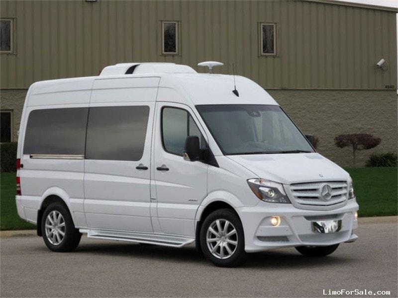 New 2014 Mercedes Benz Sprinter Van Limo St Louis