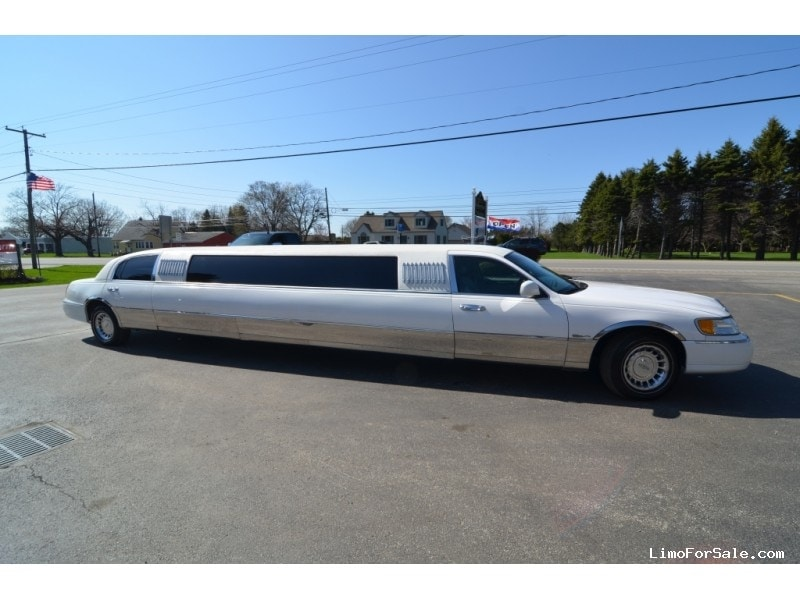 Used 1998 Lincoln Town Car Sedan Stretch Limo Ultra - North East ...