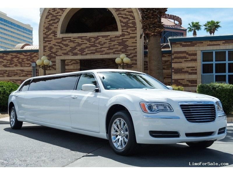 New Chrysler Sedan Stretch Limo Riverside California - Chrysler 300 limo