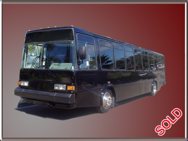 Used 2001 eldorado national transmark re motorcoach limo for Motor city party bus