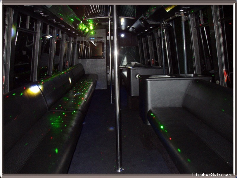 used 2001 eldorado national transmark re motorcoach limo kansas city missouri 21 900. Black Bedroom Furniture Sets. Home Design Ideas