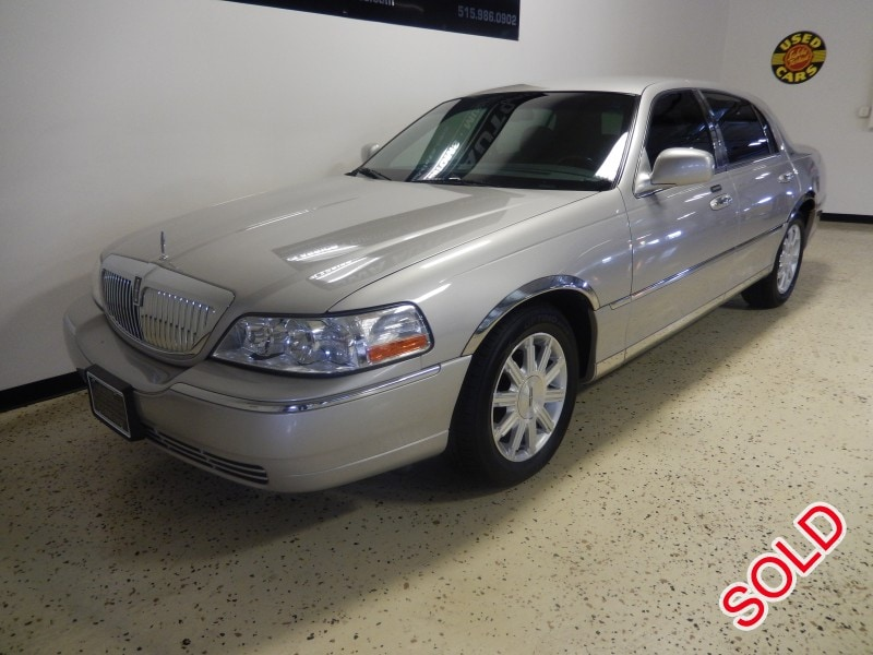 Used 2008 Lincoln Town Car Sedan Limo