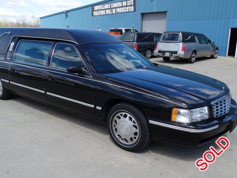 Used 1998 Cadillac De Ville Funeral Hearse Accubuilt