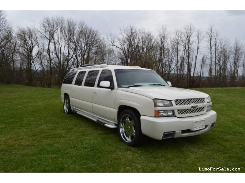 used 2005 chevrolet suburban suv stretch limo ultra north east pennsylvania 23 995 limo. Black Bedroom Furniture Sets. Home Design Ideas