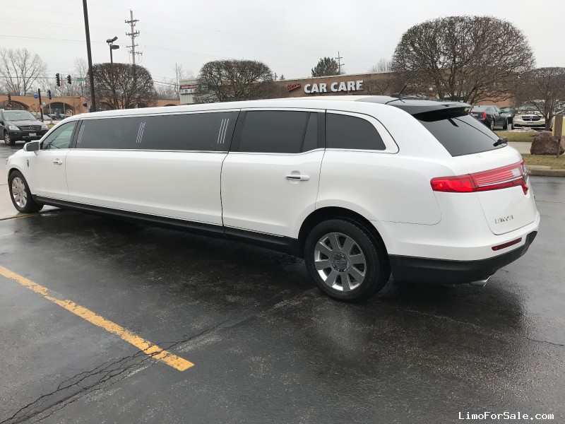 Used 2013 Lincoln MKT Sedan Stretch Limo Executive Coach Builders - Chicago, Illinois - $36,900