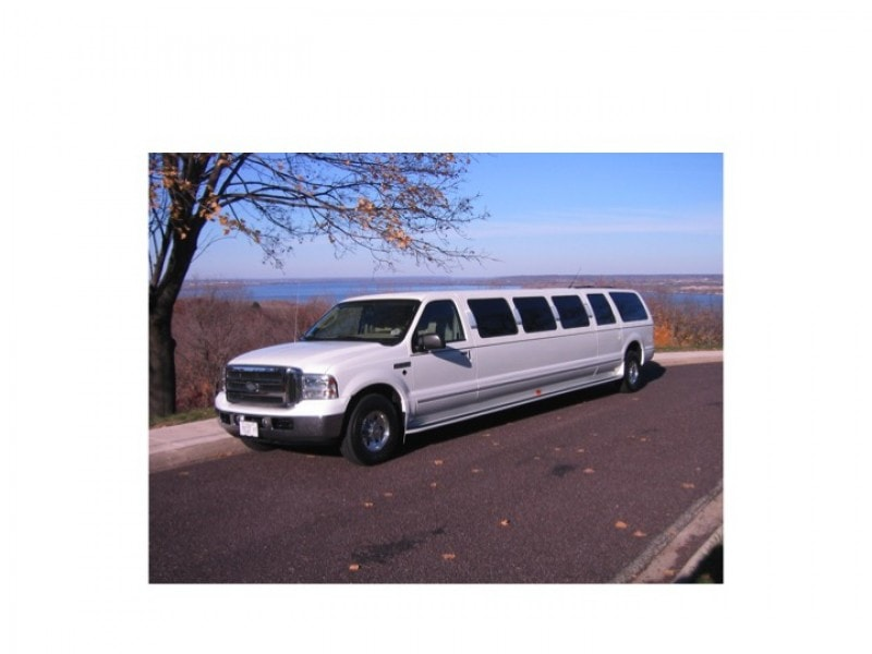 Used 2005 Ford Excursion SUV Stretch Limo Craftsmen - Peoria, Illinois - $61,500