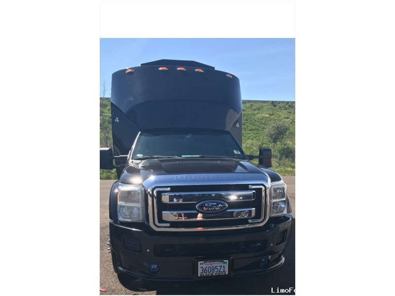 New 2011 Ford F-550 Mini Bus Limo Tiffany Coachworks - San Diego, California - $73,900