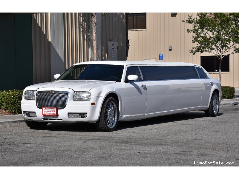 Used 2006 Chrysler 300 Sedan Stretch Limo Great Lakes Coach - Fontana, California - $23,900