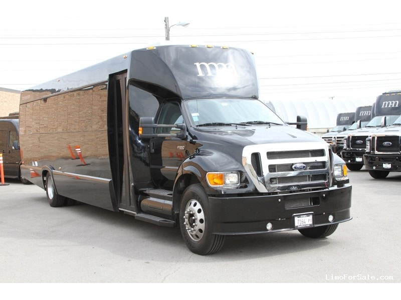 Used 2014 Ford F-650 Mini Bus Limo Tiffany Coachworks - Des Plaines, Illinois - $129,995