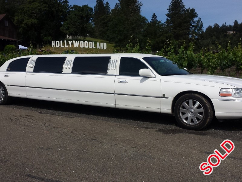 used 2004 lincoln town car l sedan stretch limo sacramento california 13 500 limo for sale. Black Bedroom Furniture Sets. Home Design Ideas
