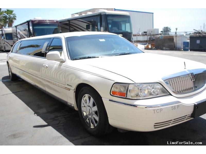 Used 2005 Lincoln Town Car Sedan Stretch Limo Krystal - Ontario, California - $8,500
