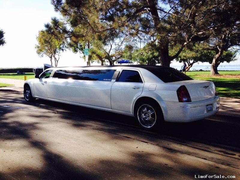 Used 2006 Chrysler 300 Sedan Stretch Limo Royal Coach Builders - san diego, California - $15,000