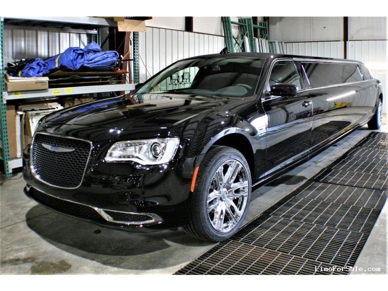 New 2019 Chrysler Sedan Stretch Limo Springfield - springfield, Missouri - $74,900