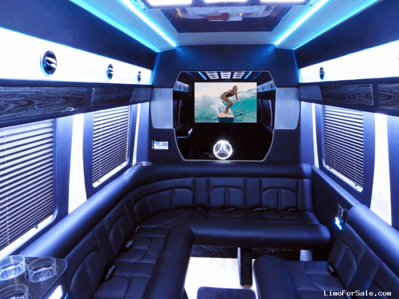 New 2018 Mercedes-Benz Van Limo Battisti Customs - Kankakee, Illinois - $94,990