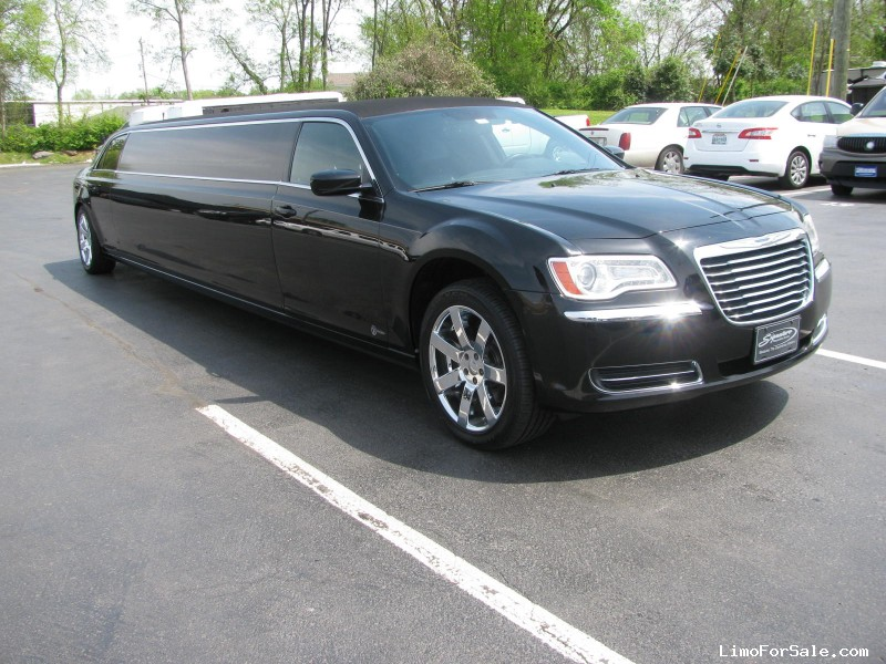 Used 2014 Chrysler Sedan Stretch Limo Specialty Conversions - $25,500