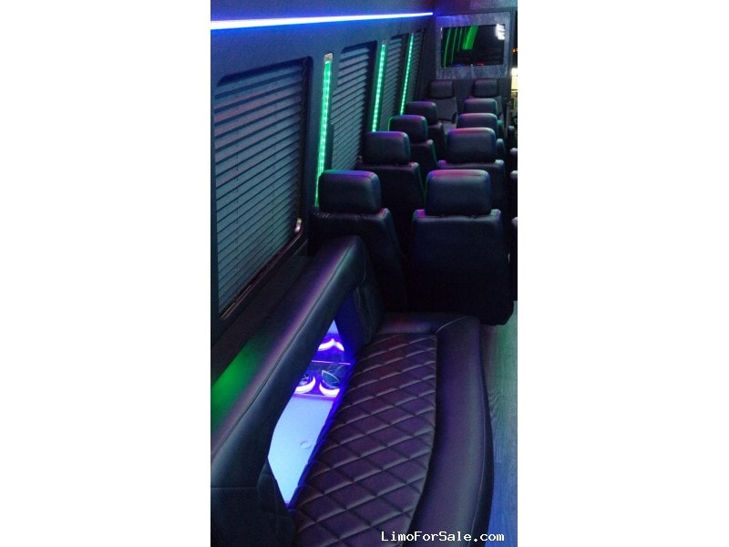 New 2019 Ford Mini Bus Limo LGE Coachworks - North East, Pennsylvania - $134,900