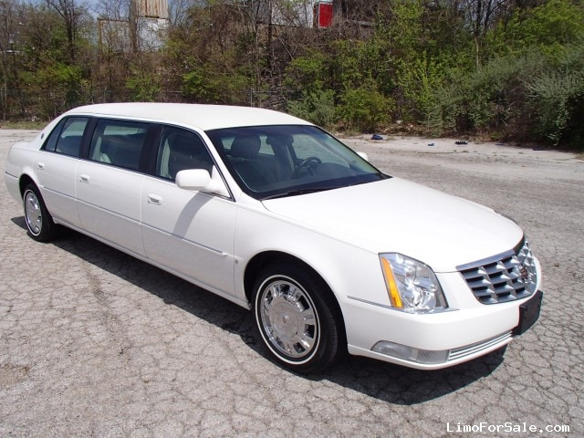 used 2009 cadillac dts funeral limo accubuilt plymouth. Black Bedroom Furniture Sets. Home Design Ideas