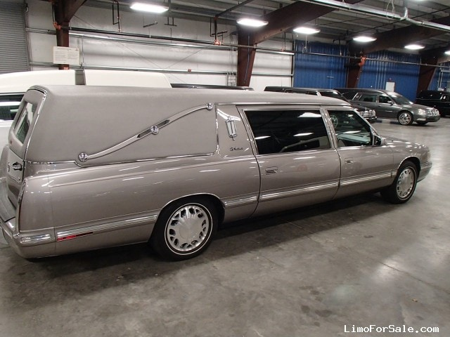 Used Hearse For Sale >> Used 1997 Cadillac De Ville Funeral Hearse Accubuilt ...