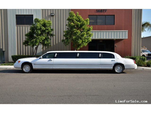 Lincoln Limousine Price >> Used 1999 Lincoln Town Car Sedan Stretch Limo Dabryan Fontana