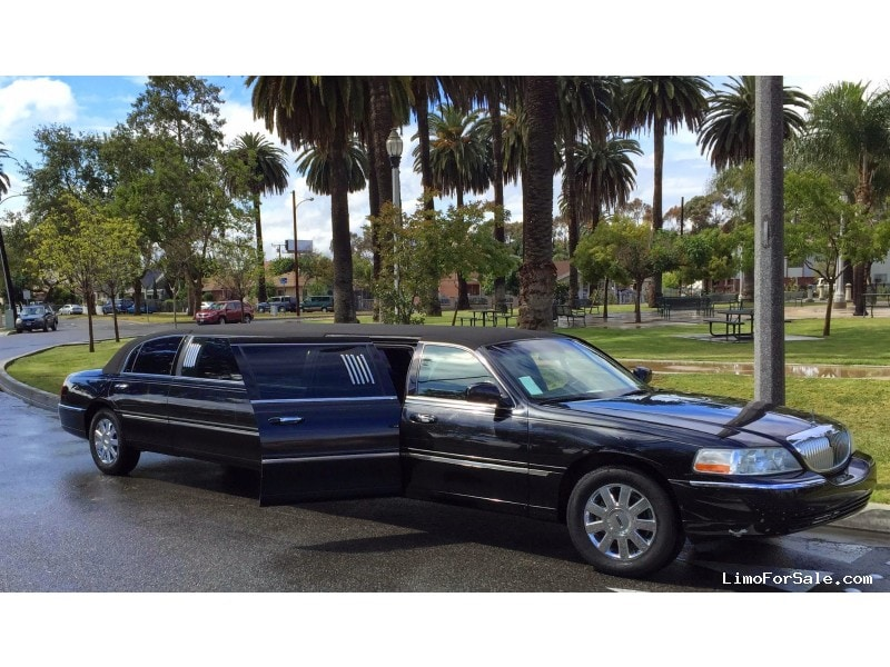 Used 2003 Lincoln Town Car Sedan Stretch Limo American Limousine ...