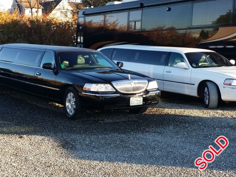 Large Sold En on Used 2007 Lincoln Town Car Sedan Stretch Limo Executive Coach Builders