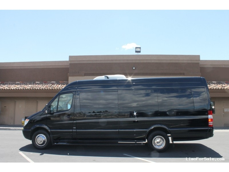Used 2011 mercedes benz sprinter van limo meridian for Mercedes benz limo for sale