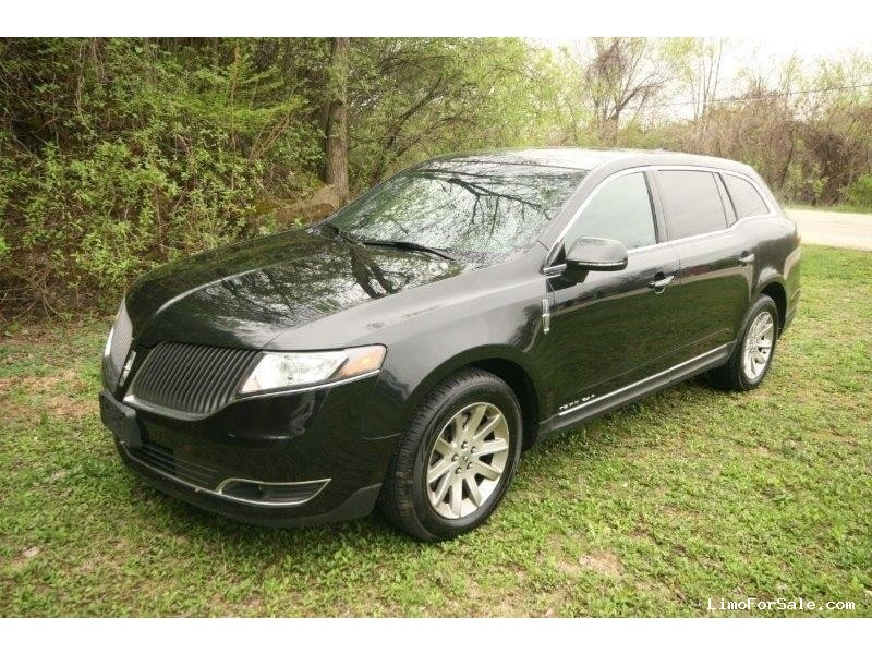 Used 2014 Lincoln MKT Sedan Limo  - Winona, Minnesota - $16,000
