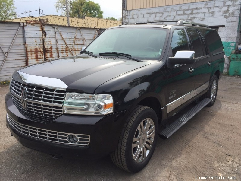 used 2008 lincoln navigator l suv limo waterford michigan 6 950 limo for sale. Black Bedroom Furniture Sets. Home Design Ideas