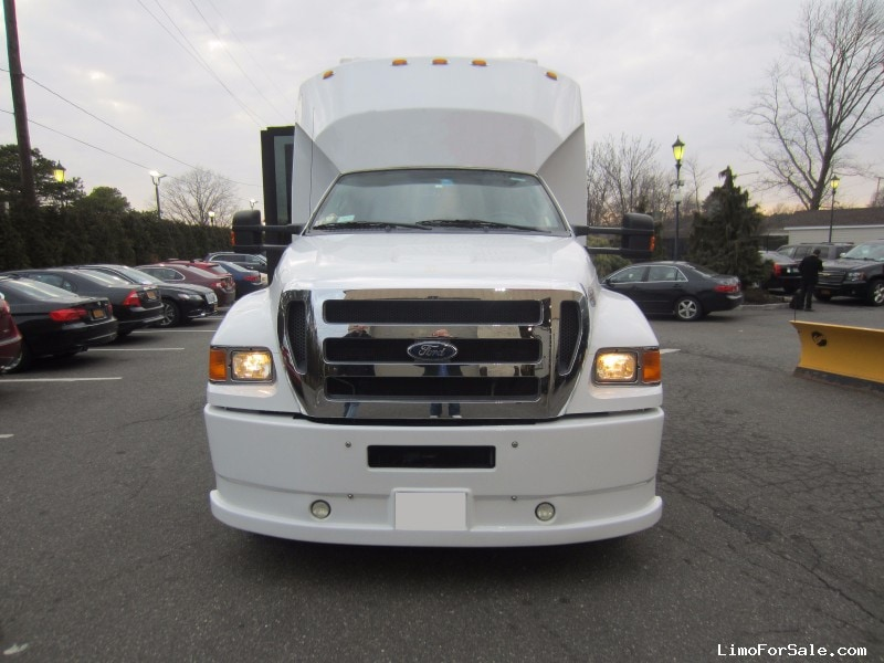 Used 2011 Ford F-750 Motorcoach Limo Executive Coach Builders - Anaheim, California - $79,900