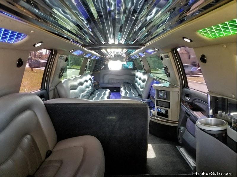 Used 2008 Cadillac Escalade ESV SUV Stretch Limo Royal Coach Builders - Los angeles, California - $41,995