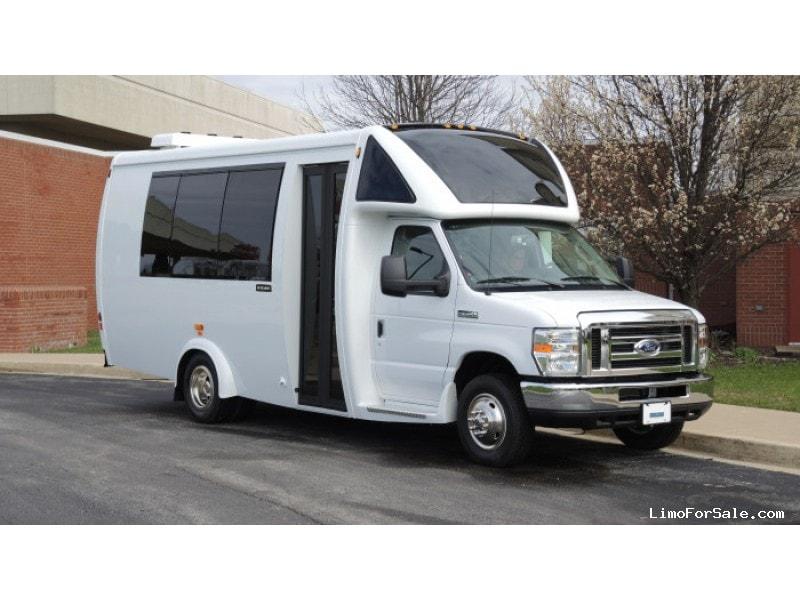 New 2017 Ford E-350 Mini Bus Shuttle / Tour Embassy Bus - Kankakee, Illinois - $68,591