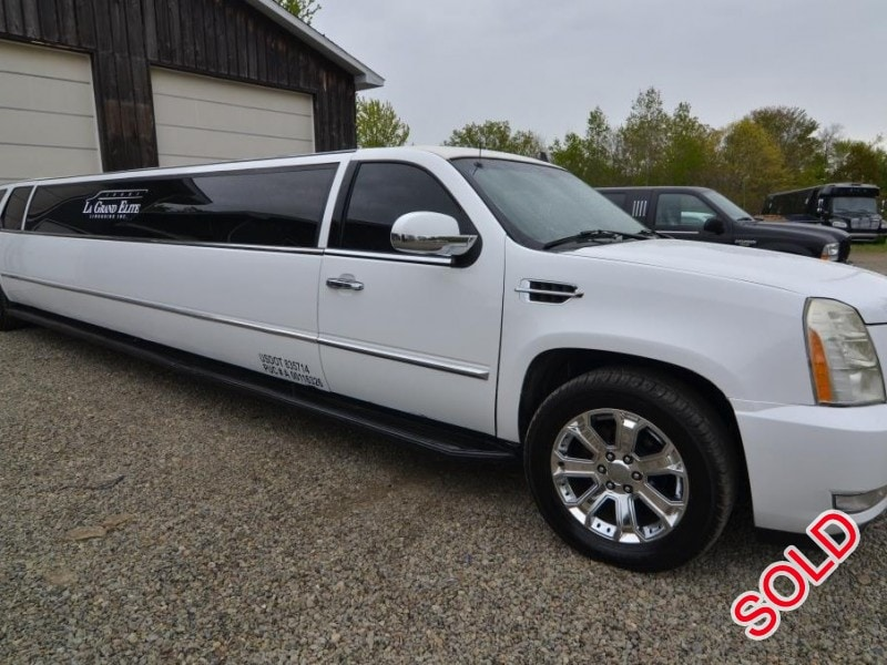 used 2007 cadillac escalade suv stretch limo north east pennsylvania 26 900 limo for sale. Black Bedroom Furniture Sets. Home Design Ideas