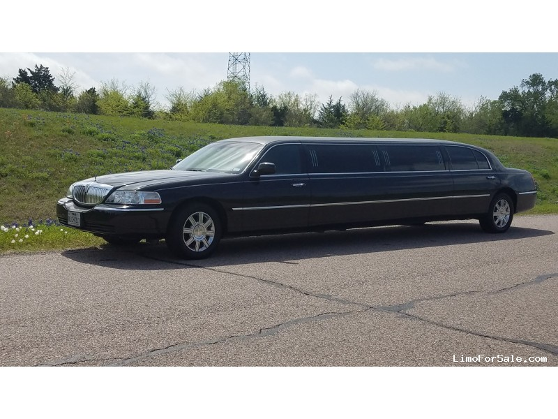 Used 2011 Lincoln Town Car L Sedan Stretch Limo Executive Coach Builders - Denison, Texas - $27,495.00